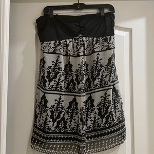 New Maternity strapless top Size M